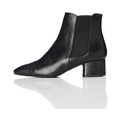 Discover Women's Boots ideas