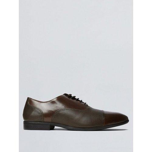 Discover Men's Oxford Shoes ideas