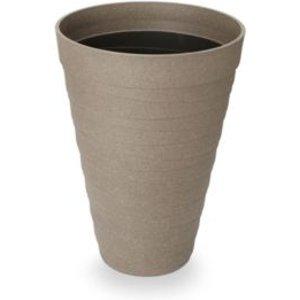Discover Plastic Plant Pots ideas