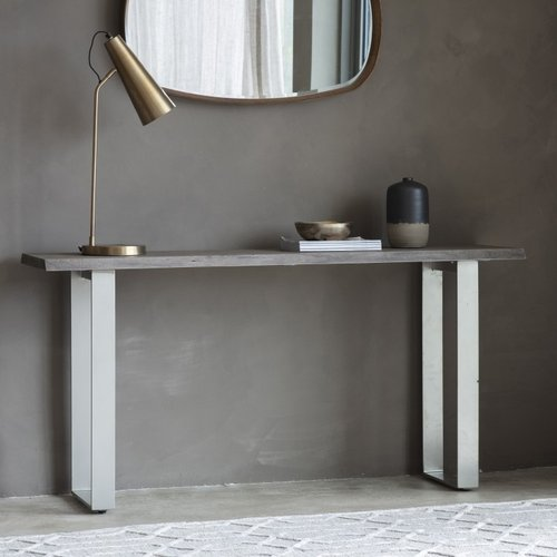 Console Tables With A Stunning Blend Of Style And Practicality - Materials: Oak, Pine, Marble, Glass, Wood, Metal, Veneered Console Tables