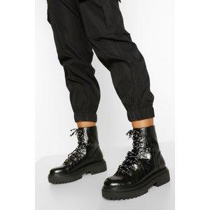 Boohoo Womens Chunky Sole Eyelet Detail Lace Up Hiker Boots - Black - 4, Black Fzz4790410512 Womens Footwear, Black