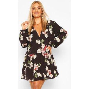 Boohoo Womens Plus Floral Tiered Woven Smock Dress - Black - 22, Black Pzz62113105350 Womens Dresses & Skirts, Black
