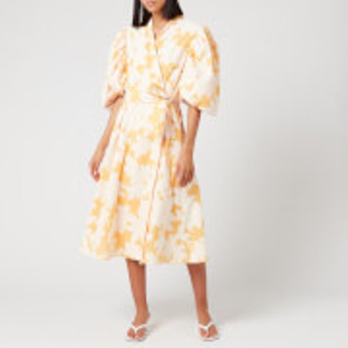 Top Women's Wrap Dresses Under £400 - Look up the up to date women's wrap dresses below £400 in this roundup of the latest women's dresses & skirts for sale on Staall