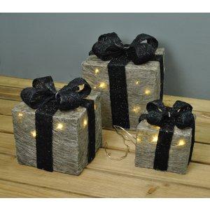 Premier Set Of 3 Led Light Up Silver Christmas Gift Boxes Gfh267
