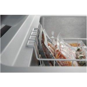 Hotpoint Cs1a400hfmfa 141cm Frostaway Chest Freezer In White 390 Litre