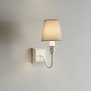 Goodhome Tulou White Wood Effect Wall Light