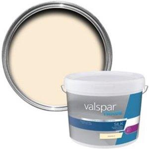 Valspar Trade Magnolia Silk Emulsion Paint  10l