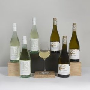 New Zealand Weekend White Wine Case Clearwater Hampers 6209