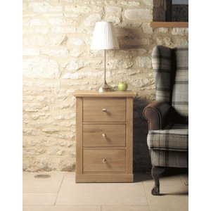 Baumhaus Furniture Baumhaus Mobel Oak Lamp Table