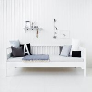 Oliver Furniture Luxury Seaside Day Bed In White 021216 Beds