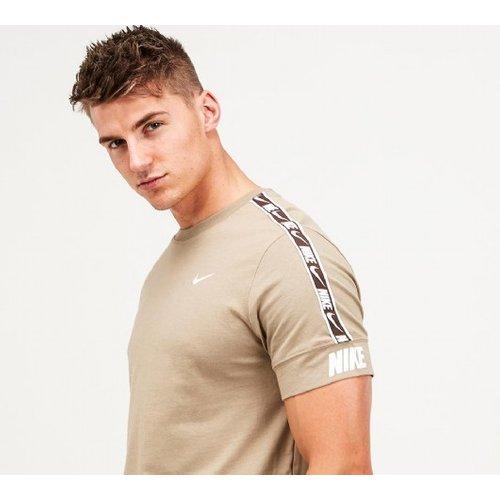 Nike Repeat Tape 2.0 T-shirt 4051917101 Mens Tops