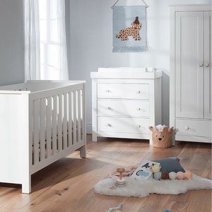 Cuddleco Aylesbury 3pc Set 3 Drawer Dresser And Changer, Cot Bed And 2 Door Double Wardrob Frn/cud/847945