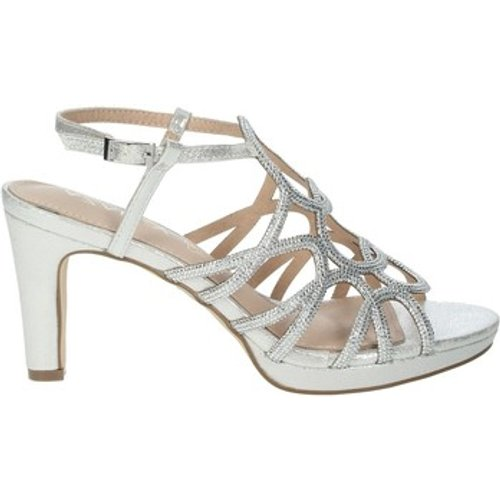 Azarey  446c966  Women's Sandals In Silver. Sizes Available:3,4,5,6,2.5 Kid, Silver