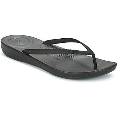 Fitflop  Iqushion Ergonomic Flip Flop  Women's Flip Flops / Sandals (shoes) In Black. Size, Black