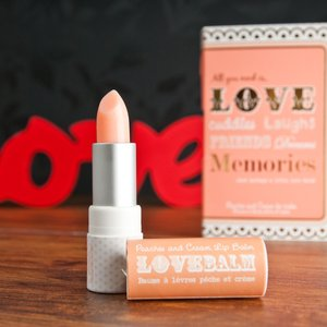 Love Lip Balm Gift Card - Peaches & Cream Christmas Gifts