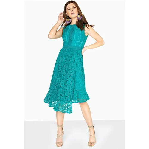 Top Women's Lace Dresses Under £20 - Give the once over our collection of women's lace dresses below £20 to suit any budget.
