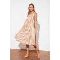 Trendyol Stripe Midi Smock Dress Size: 14 Uk, Colour: Brick Ss21el1601br14