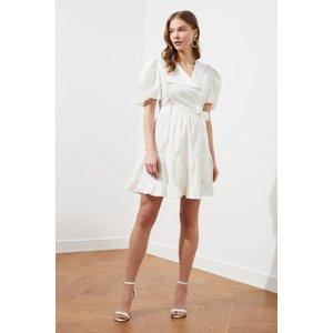Trendyol White Wrap Smock Dress Size: 14 Uk, Colour: White Ss21el1584wh14