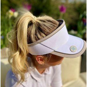 Surprizeshop Ladies Golf Velcro Visor With Matching Ball Marker -white
