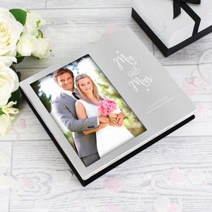 Mr And Mrs 6x4 Photo Frame Album For You Personalised Gifts P0102v69 17.2 x 15.5 x 3 cm