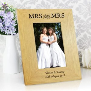 Oak Finish 4x6 Mrs & Mrs Photo Frame For You Personalised Gifts P011445