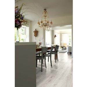 Egger Home Light Zermatt Oak 7mm Laminate Flooring Flooring & Carpeting