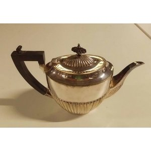 J.a Wylie & Co: Silver Teapot Home Accessories