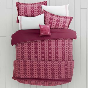 Helena Springfield Bedding, Lula Super Kingsize Duvet Cover, Berry Furniture Accessories