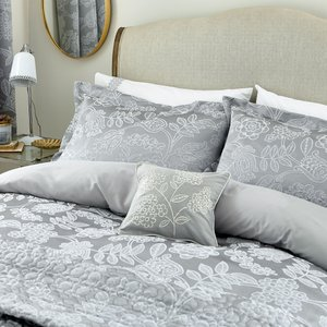 Helena Springfield Letty Quilted Throw, Ash Qtoletazash , Ash