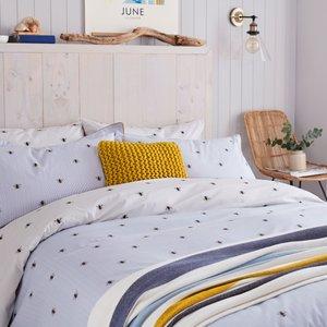 Joules Botanical Bee Super Kingsize Duvet Cover, Blue Furniture Accessories